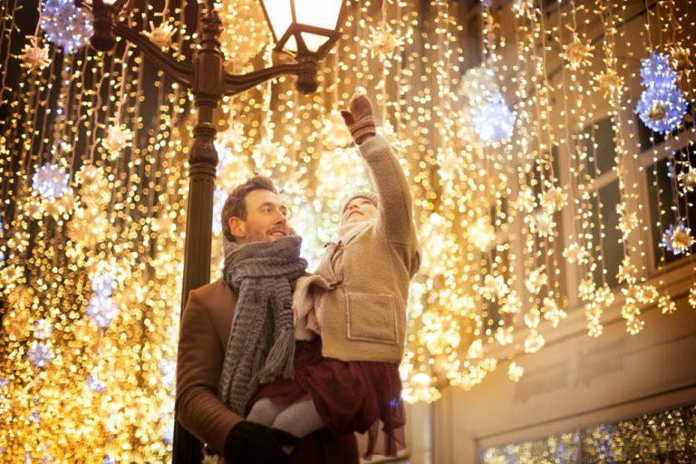5 Best Spots in Burlington to See the Lights