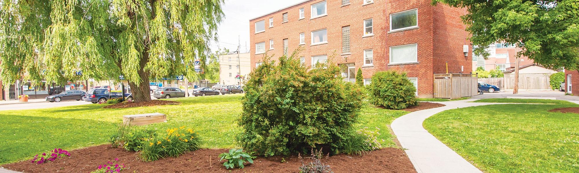 775-concession-st_hamilton-apartments-for-rent_pet-friendly-apartments_clv-group_exterior